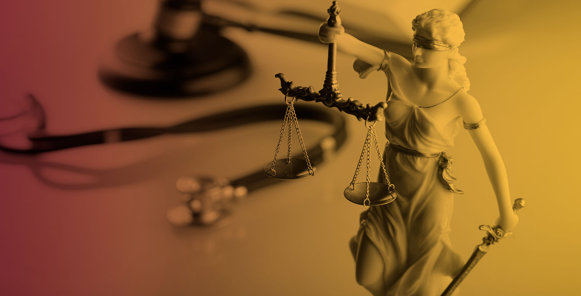 estátua balança da justiça direito da saúde