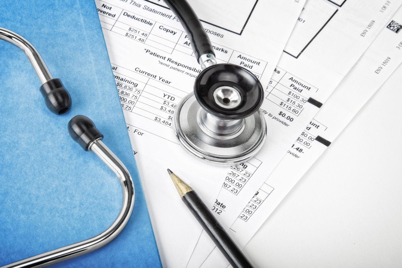 Plano de saúde é condenado a custear internação de urgência no período de carência a segurado